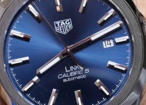 TAG-Heuer-Link-Men-Calibre-5-aBlogtoWatch-09
