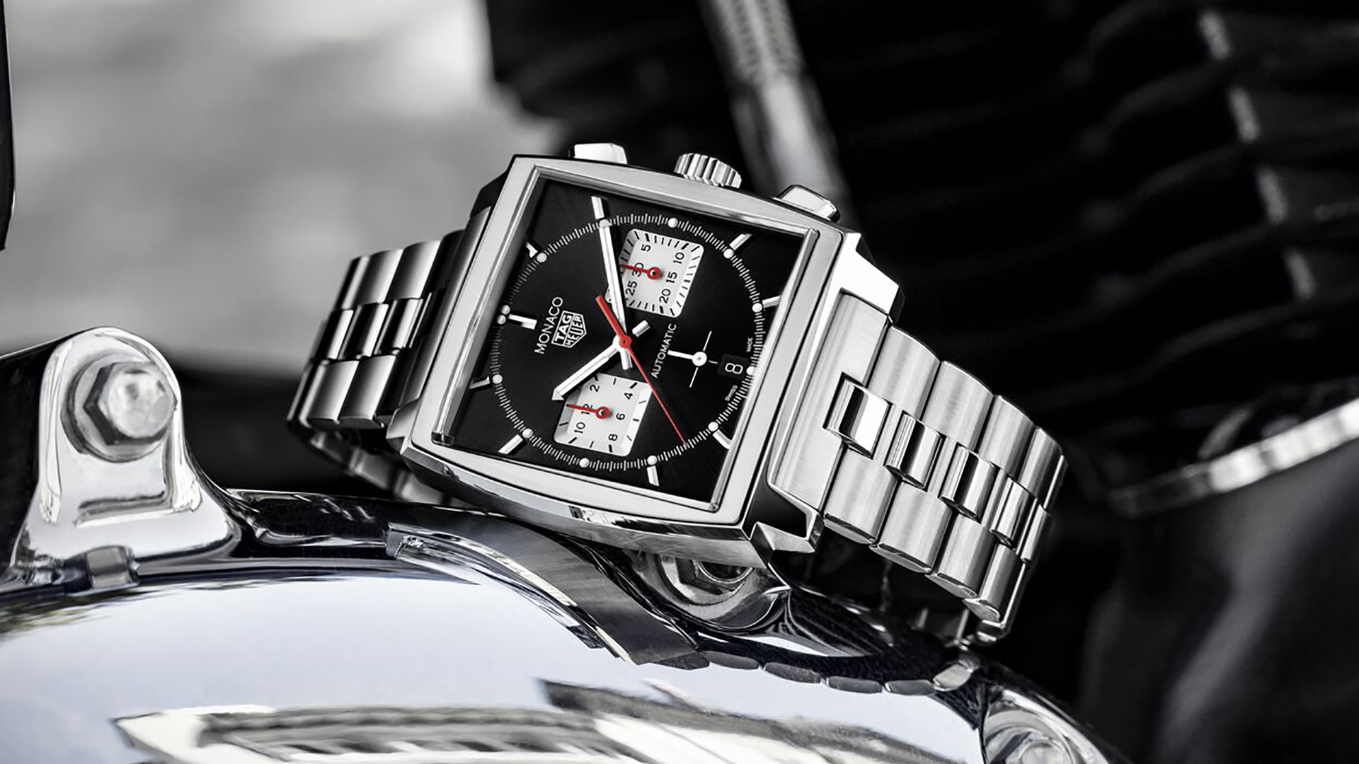 TAG Heuer Replica Unveils New Black Dial