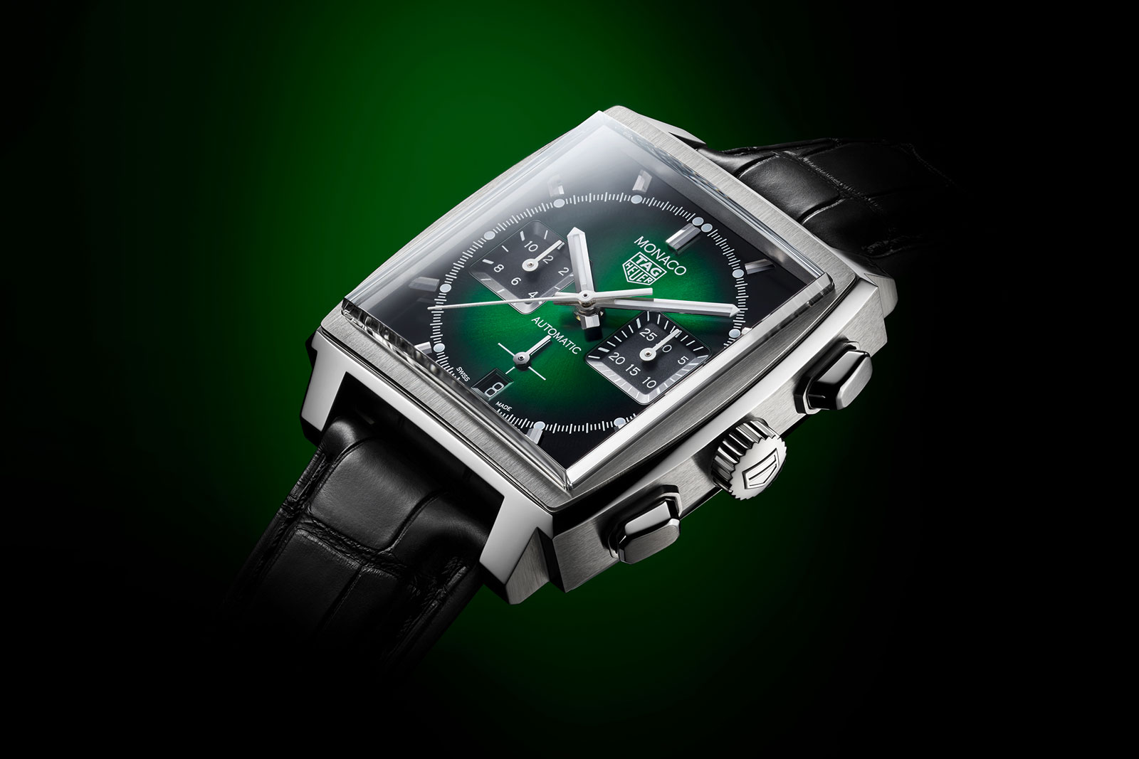 Best Tag Heuer Replica Introduces the Monaco Green Dial